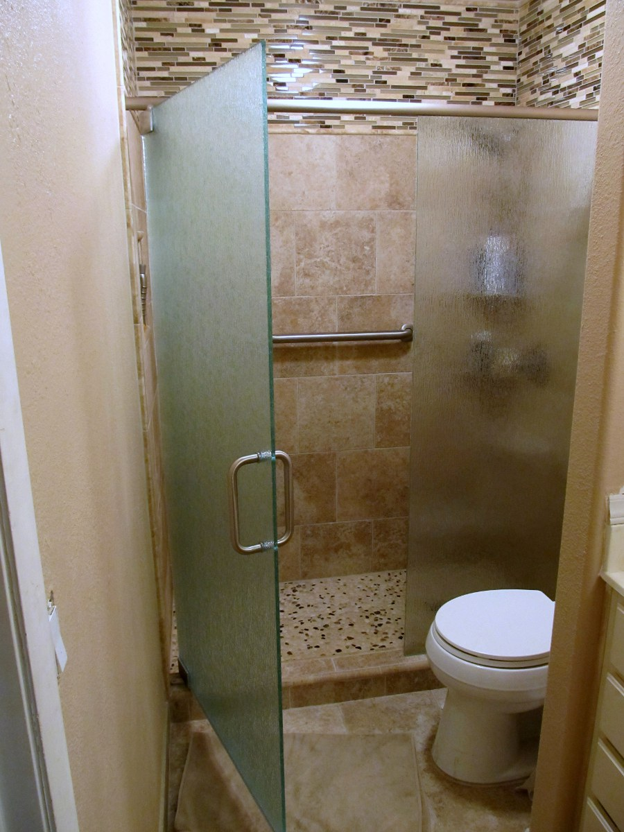 Gl Shower Door