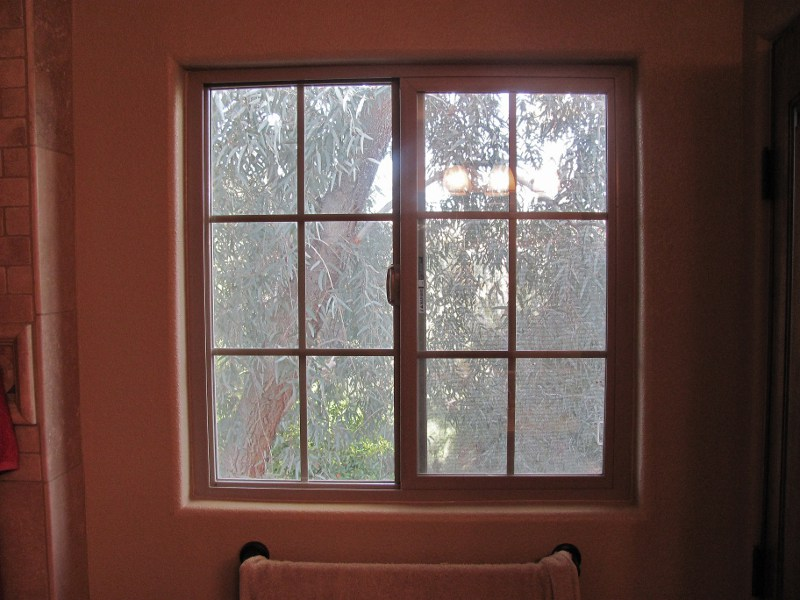 Fascinating 25 bathroom window glass replacement design for Picture window replacement ideas